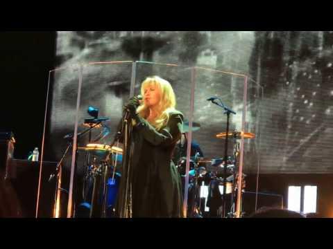 """""""Gypsy"""" Stevie Nicks San Diego 3/2/17"""