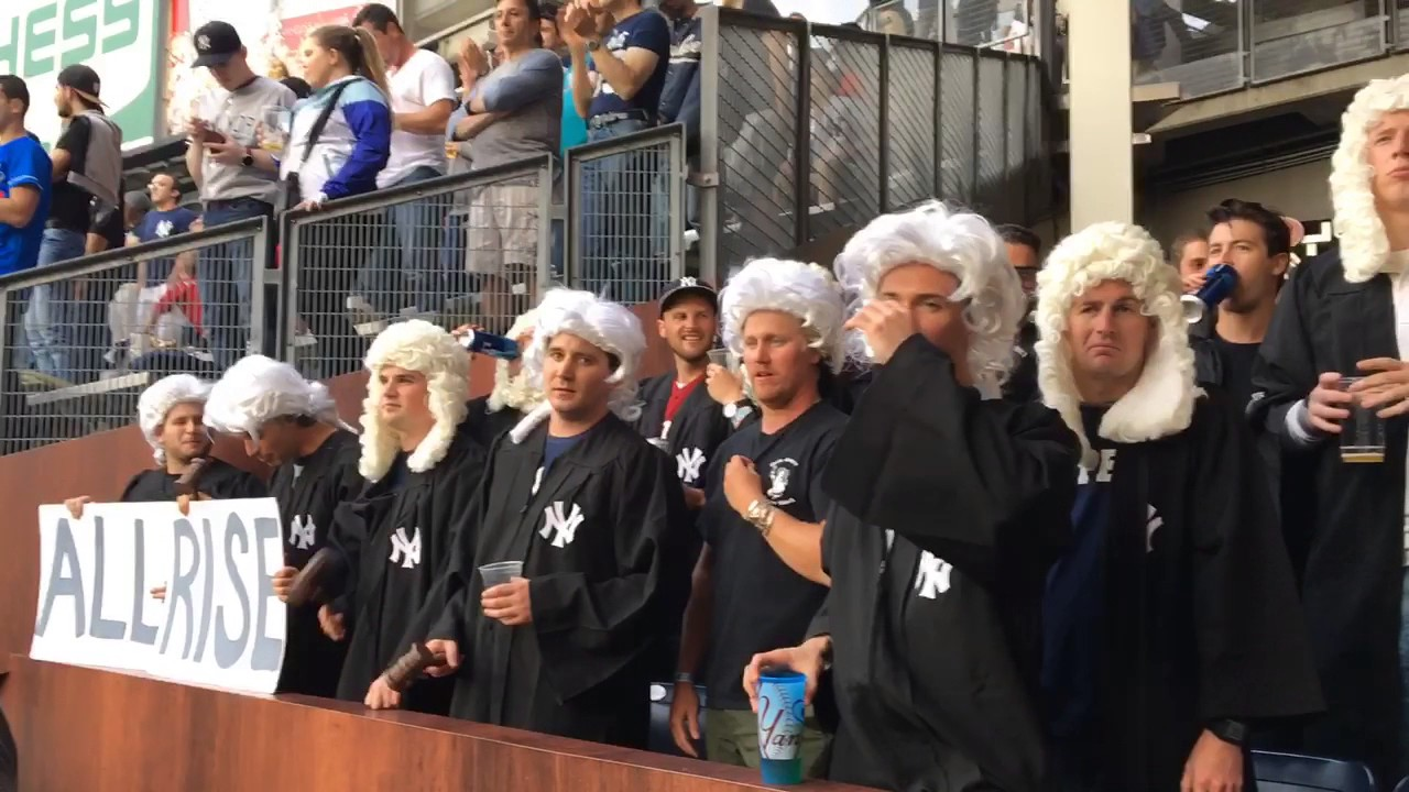 Fans Go All Out For Yankees Aaron Judge In Judge S Chambers Youtube