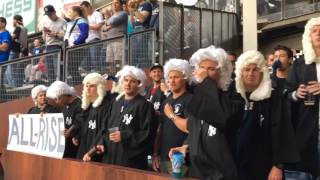 Fans go all out for Yankees' Aaron Judge in Judge's Chambers