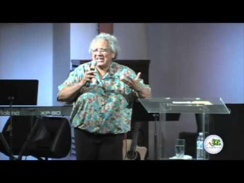 Buscando o impossível com Deus - Edméia Williams