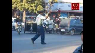 Indore 4 - Dabang Traffic Police... India Need This kind Of Officers [Kunwar Ranjeet Singh]