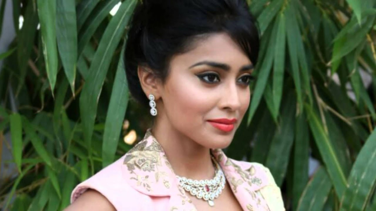 shriya saran tamil actress hot and spicy photoshoot - youtube