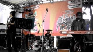 Download Video Drive - Akulah Dia (cover by SEVENHEAVEN Feat JIPOD) live MP3 3GP MP4