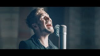 Felix Räuber - WALL Acoustic (feat. Daniel Hope)