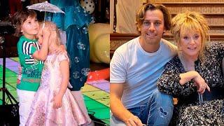 Максим Галкин с детьми Лизой и Гарри спешат радовать Аллу Пугачеву.
