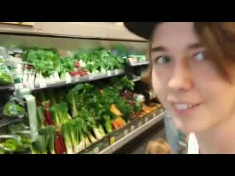 Ethmanol Boy Eating An Onion For YouTube Views