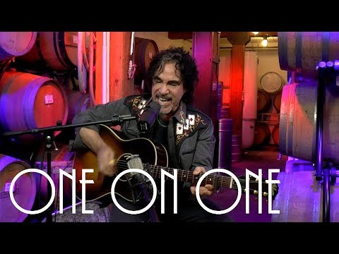 Cellar Sessions: John Oates - Sitting On Top Of The World January 6th, 2019 City Winery New York