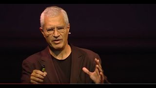 Scaling Social Change | Louie Psihoyos | TEDxInstitutLeRosey
