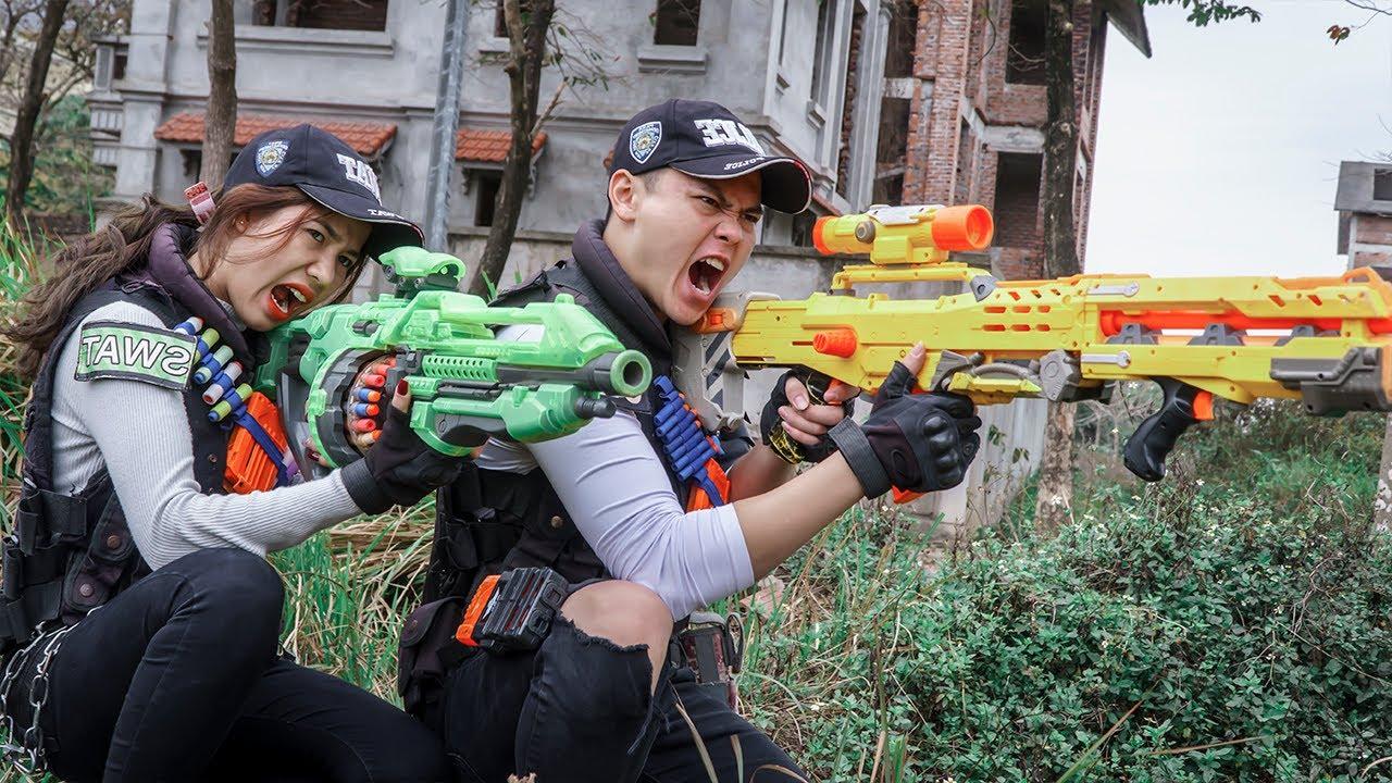 LTT Game Nerf War : Warriors SEAL X Nerf Guns Fight Crime Rocket Crazy People Blocking The Road