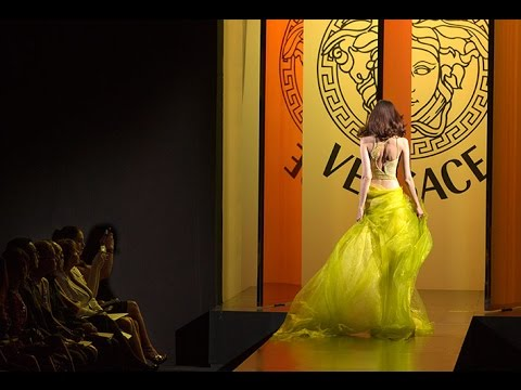 VERSACE  UNVEILED