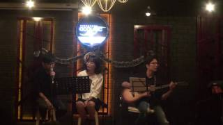 Chiếc lá mùa đông [Xương Rồng Coffee & Acoustic 63: Yên]