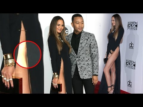 Chrissy Teigen Goes Without Underwear,Wardobe Malfunction  American Music Awards 2016 Red Carpet !!