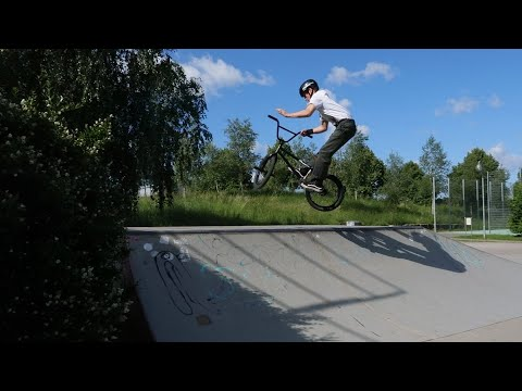Wie macht man ein Barspin How to BMX tricks | MarkGlen