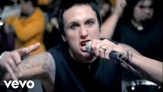 Смотреть клип Papa Roach - Getting Away With Murder