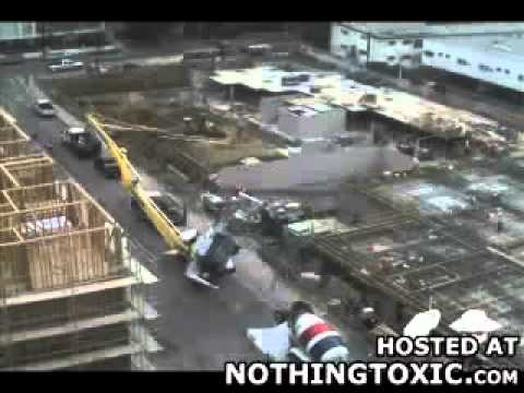 Accident d une pompe a beton youtube - Pompe a teton ...