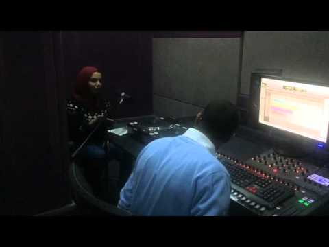TRAINING COURSE FOR RADIO AND TELEVISION STUDENTS