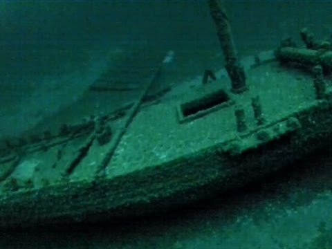 Raw: 2nd-Oldest Shipwreck Found in Great Lakes
