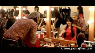 AADAT SE MAJBOOR - LYRICS & VIDEO - kya karoon o Ladies vs Ricky Bahl - Hindi Songs Lyrics