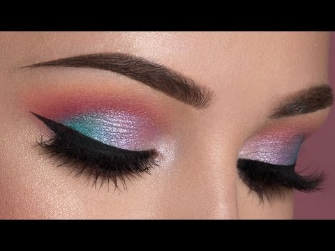 Soft Colorful Smokey Eye Makeup Tutorial