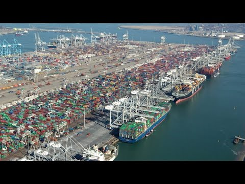 Top 10 Biggest Ports In the World || Pastimers