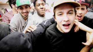 Download 1995 - The Motto Remix (Nekfeu x Sneazzy x Alpha Wann) MP3 song and Music Video