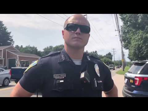 (Stupid) Officer doesn't know the law! Woman puts him in check, eloquently.