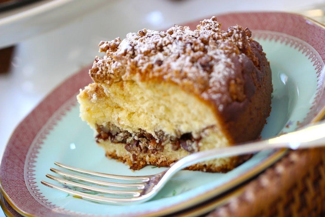 Cinnamon Vanilla Coffee Cake
