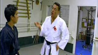 Jean-Claude Van Damme - Full and complete KARATE class(Jean-Claude Van Damme - Full and complete KARATE lesson., 2011-01-19T20:25:14.000Z)