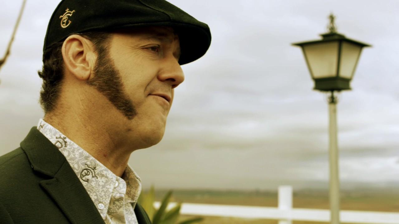 Paco Candela - El Niño y El Vagabundo (Oficial)