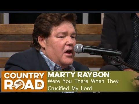 Marty Raybon sings