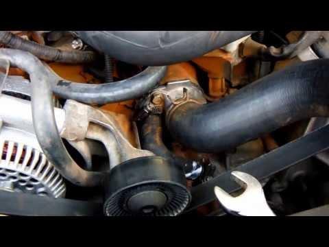 Thermostatgehäuse FORD Bronco Mustang LTD Ranchero Thunderbird Crown Victoria