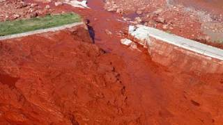 Red Sludge - Periodic Table of Videos