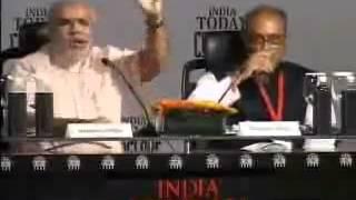 Angry Narendra Modi and Digvijay Singh fight-2011 (http://indiannpolitricks.blogspot.com/) thumbnail