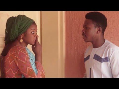 Download Kalli Yadda Mijinta_Yakamata da Kwarto... Video 2019