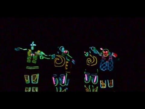 US Iluminate lights up Tashkent  Fantastic show