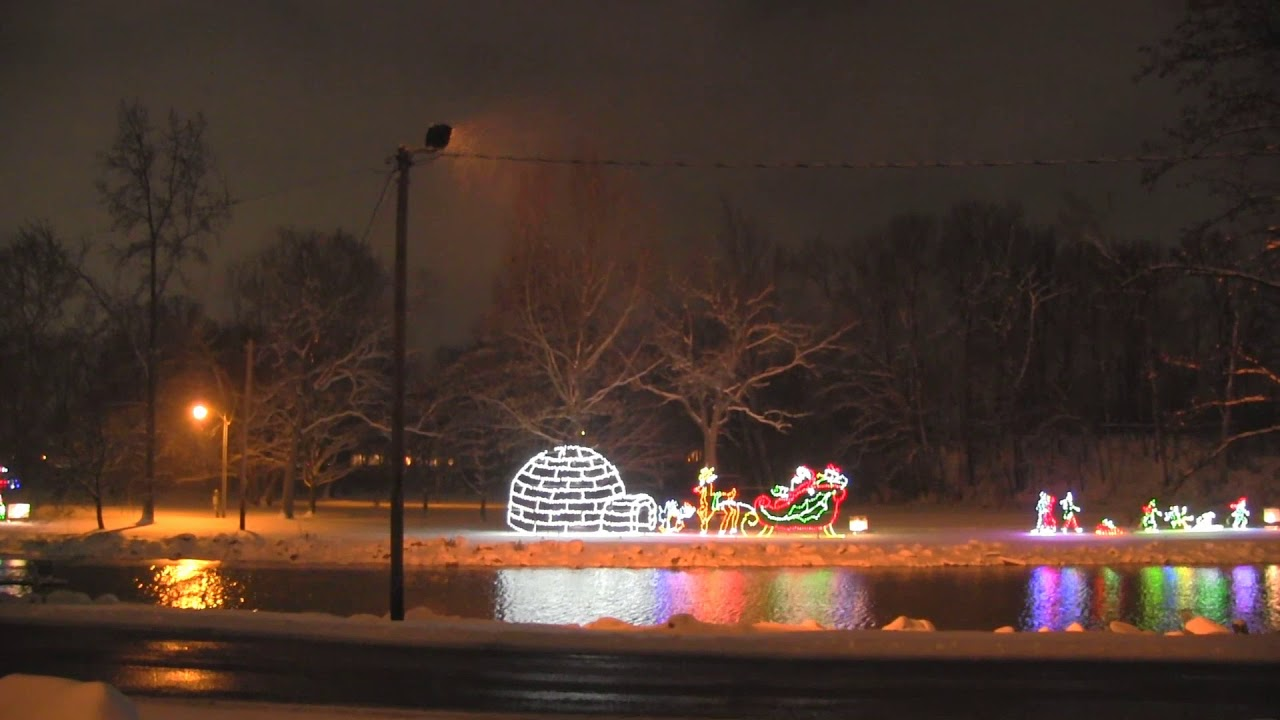 Kokomo indiana christmas eve snowfall event blowing snow and