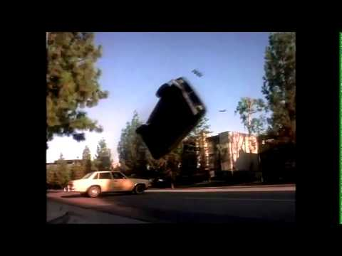 L.A. Heat Ep 1.01 (1996) Car Chase