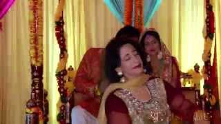 Best Mother Daughter Mehndi Dance Ever!