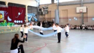 Baile con telas Acto 9 de Julio Domingo Savio, mis niñas de 3° grado. 8 de julio de 2011