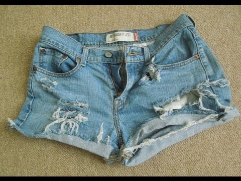 ♥ D.I.Y Distressed Jean Shorts | SUPER EASY | - YouTube