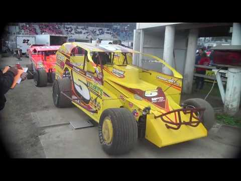 Modifieds at Middletown 2018 - Eastern States fri. Mod heats