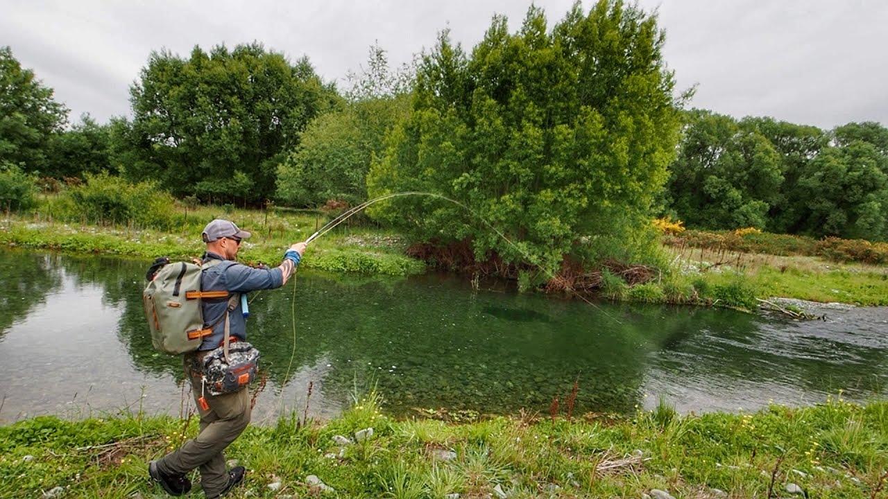 Memancing BESAR CHUNKY TROUT di Ultra Clear Water Creek!