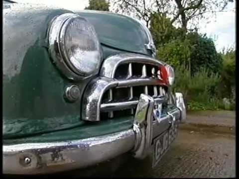 Classic British Cars - Morris Oxford and Wolseley Fifteen