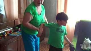 Слезоточиво. Спустя год приехали из Италии в Украину домой неожиданно для бабушки.