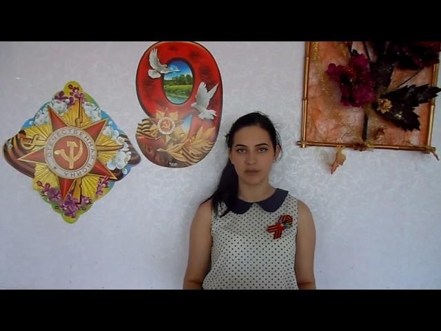 Изображение предпросмотра прочтения – ПолинаКлюс читает произведение «Русской женщине» М.В.Исаковского