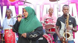 Safiya Mohamed Dahir l Isha Sacabka Mari l Live Music Wadnaha Band