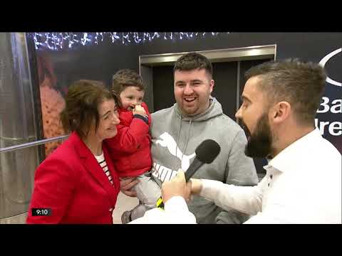Christmas Arrivals At Dublin Airport