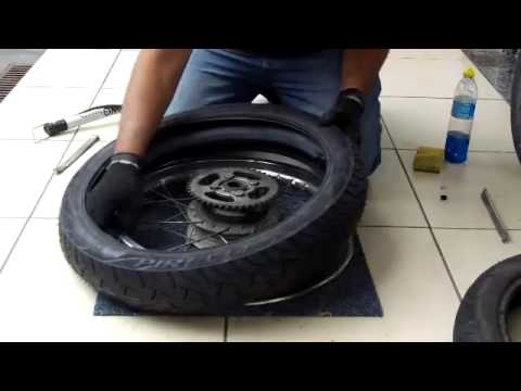 Furou o pneu da moto na estrada
