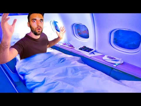 WORLD'S BEST BUSINESS CLASS AIRPLANE SEAT (First Class for C