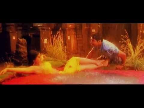 Shriya saran hottest wet song ever!
